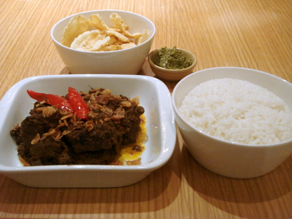 Wagyu beef rendang with rice