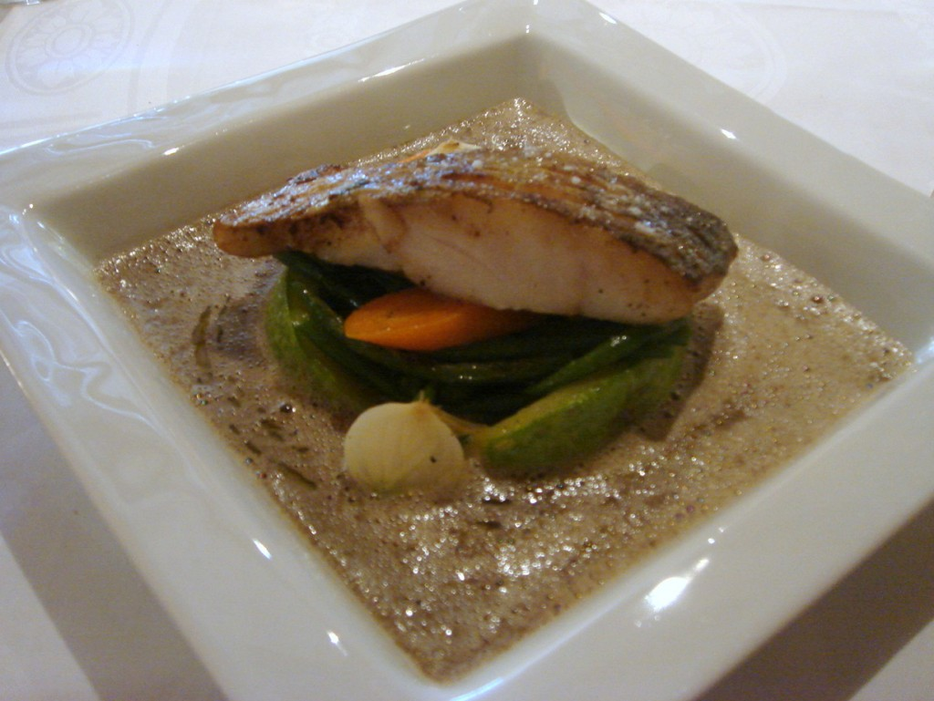 Cabillaud (cod) with garden vegetables