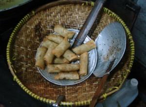 Lumpia ayam (chicken spring rolls)