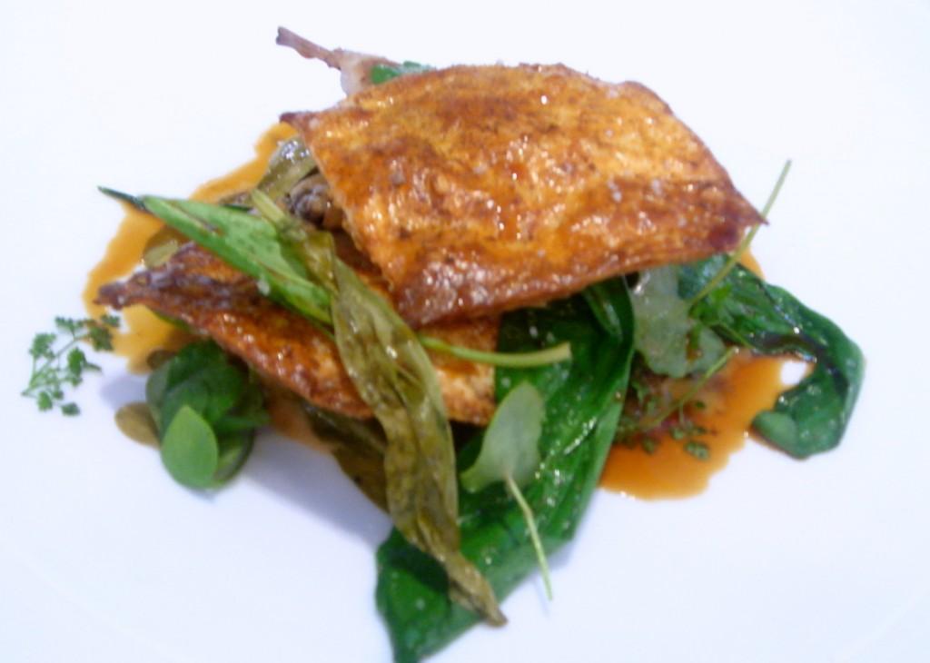 Quail breast, confit leg & garlic leaves