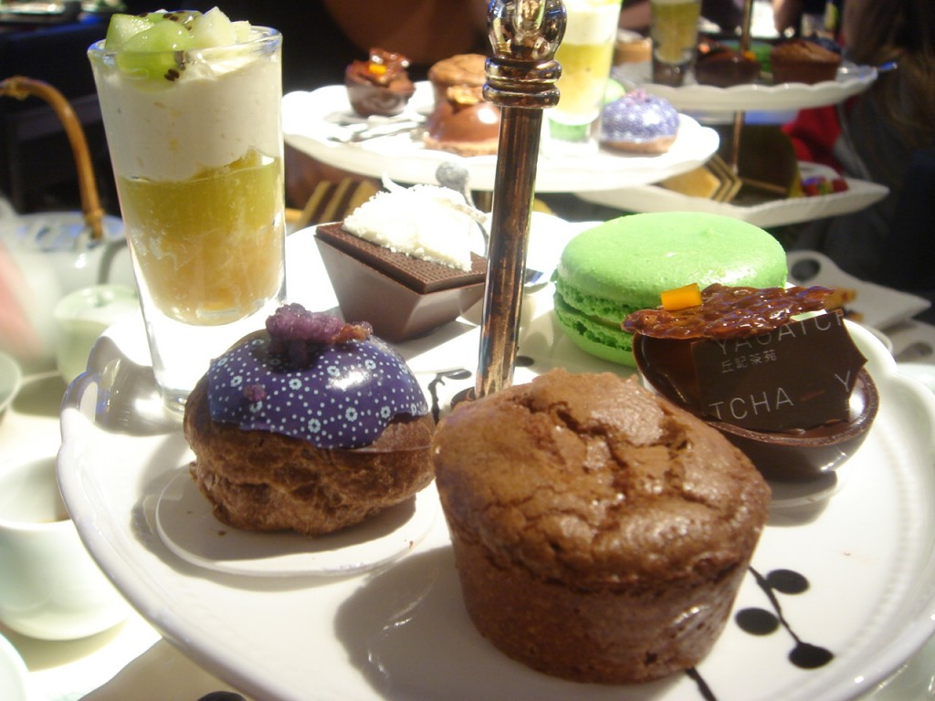 Afternoon tea cakes at Yauatcha
