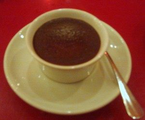 Bitter chocolate pot