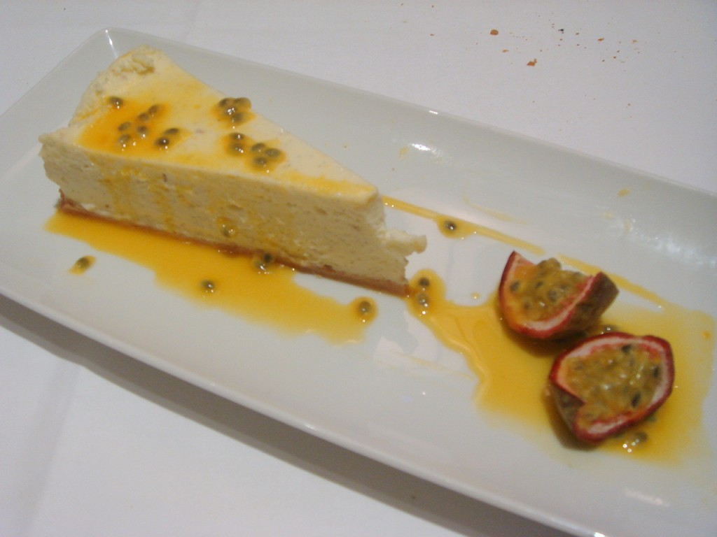 Vanilla cheesecake with passion fruit