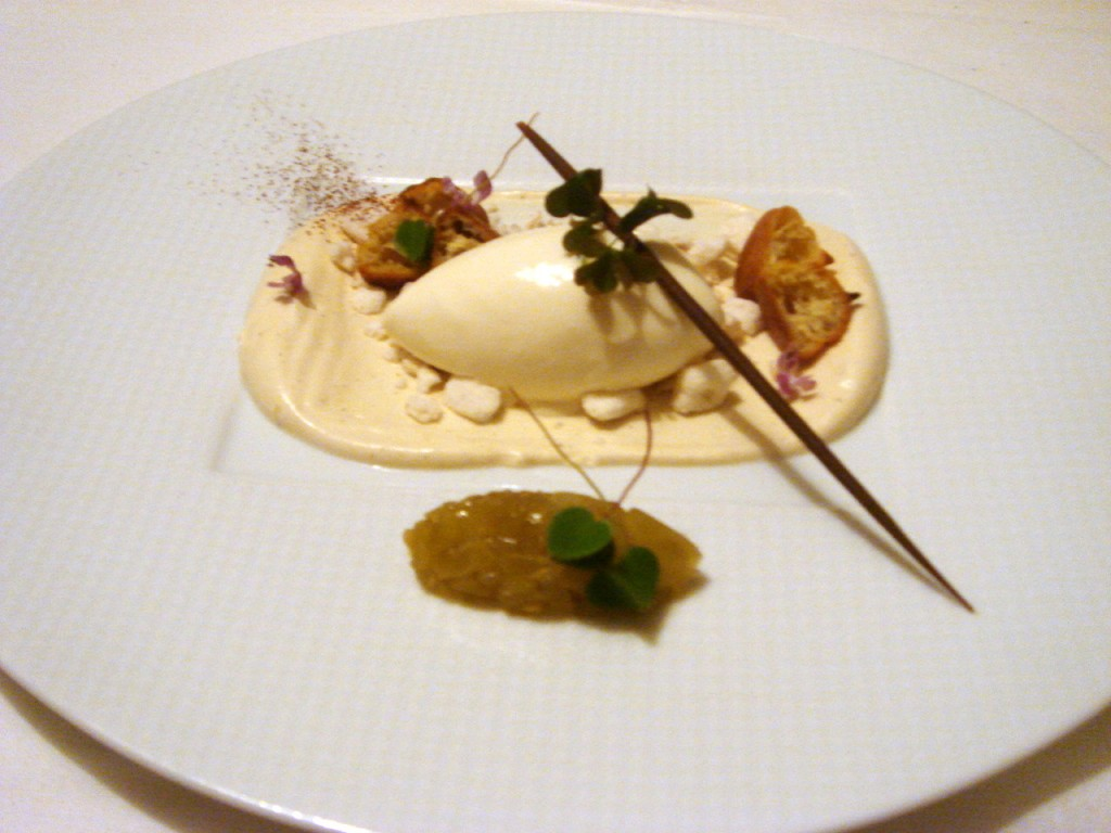 Green tomato marmalade, cream cheese ice cream & vanilla cream