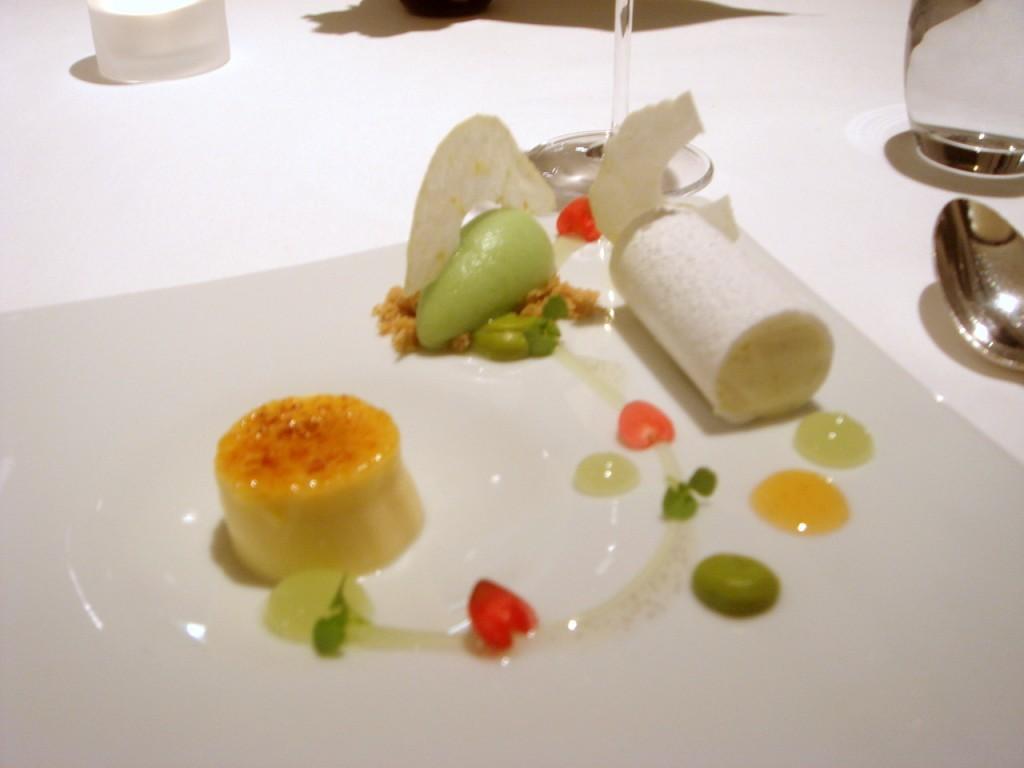 Rosemary crème brûlée & apple sorbet