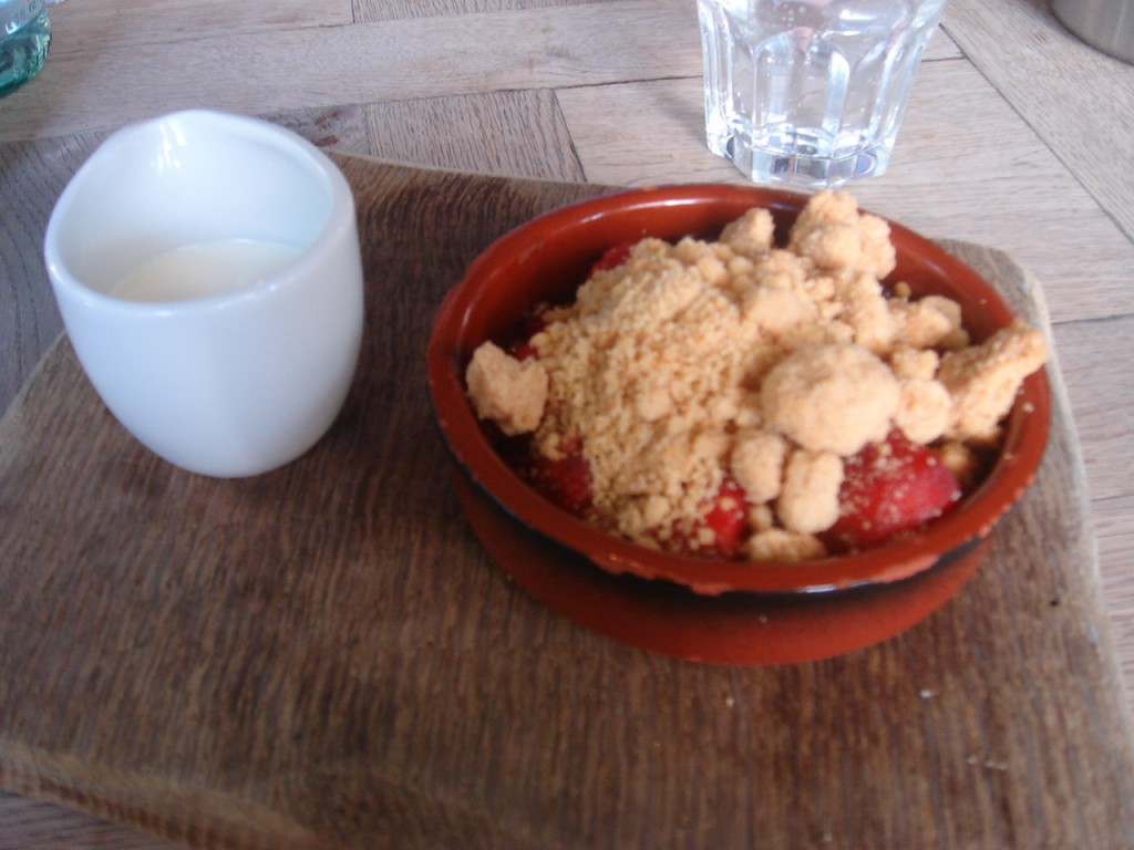 Apple, raspberry and blackberry crumble