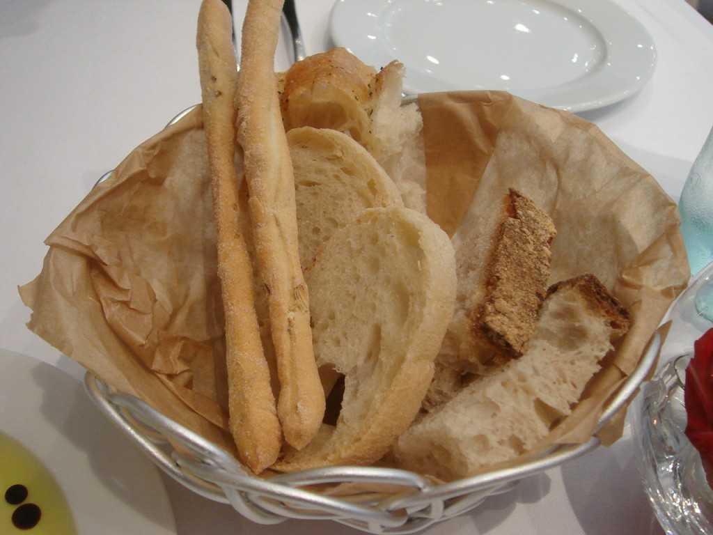 The bread basket at L'Anima