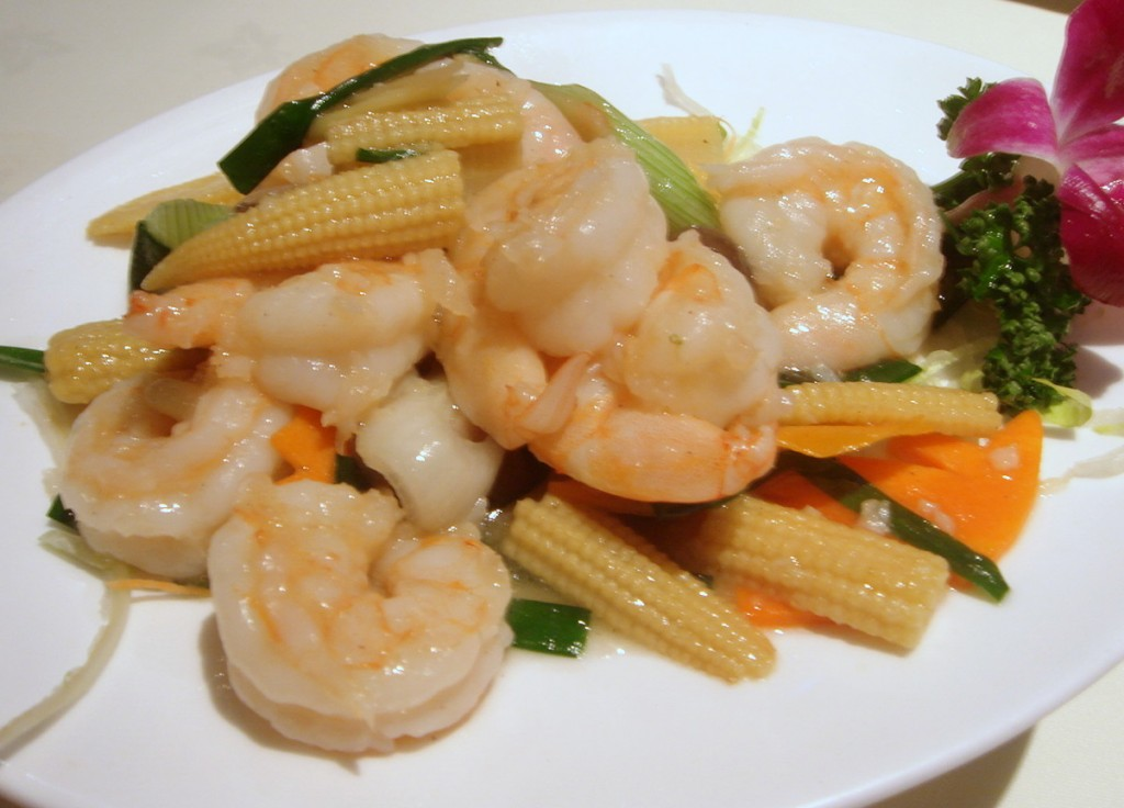 King prawns with ginger & spring onions