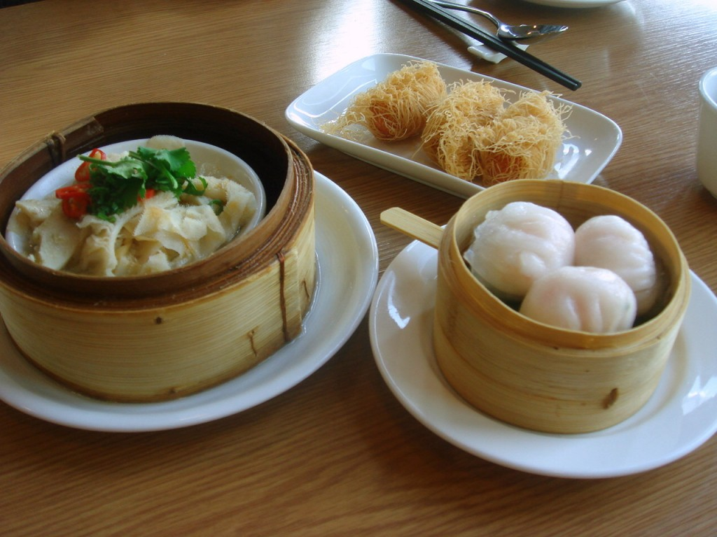 Right in a clockwise direction: har gau, tripe & seafood rolls