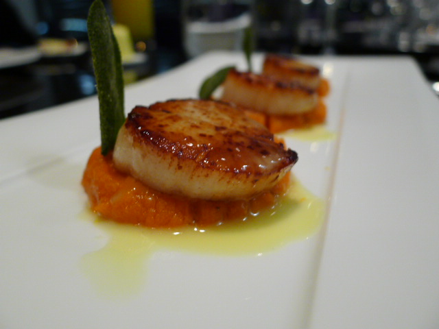 Seared Devon scallops