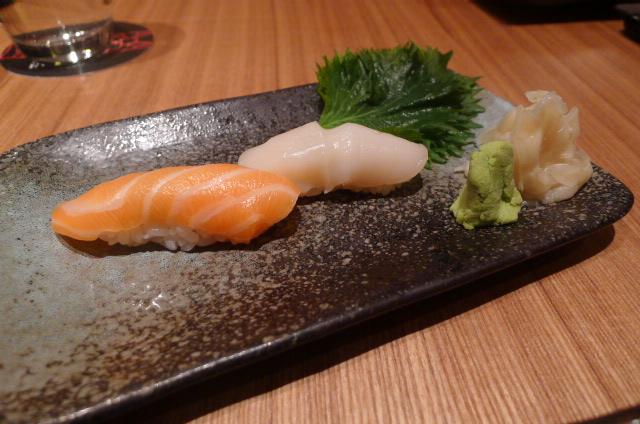 Salmon & scallop sushi