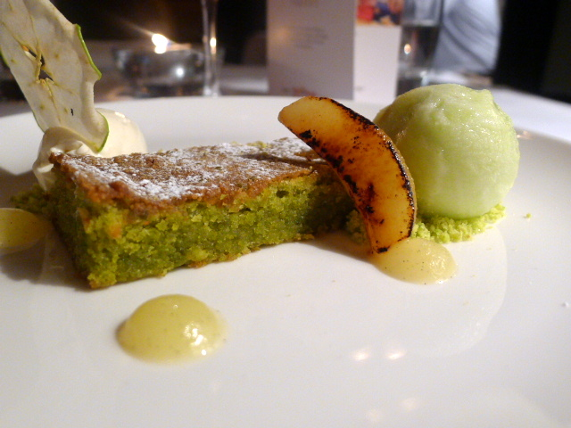 Apple & pistachio cake
