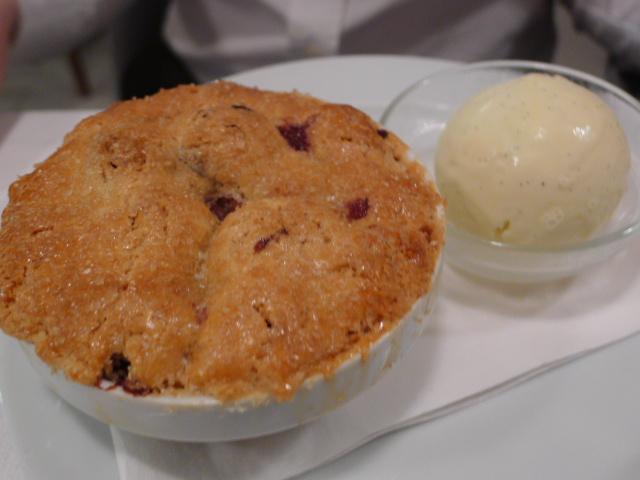 Cherry pie & vanilla ice cream