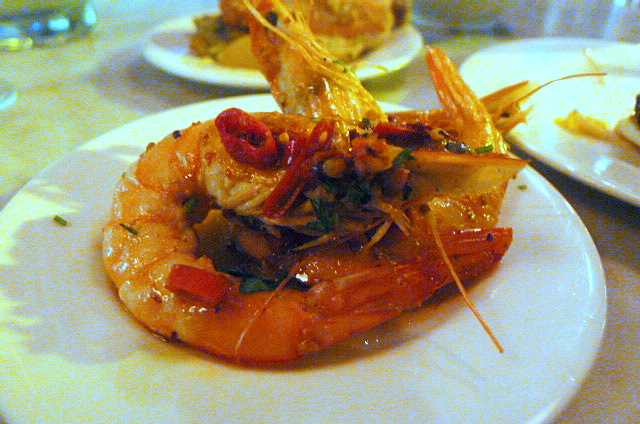 Prawns with garlic and chilli