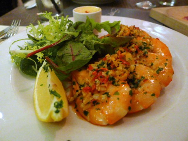 Pan-fired king prawns