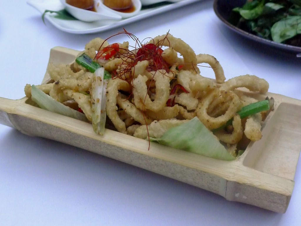 Crispy salt chilli squid