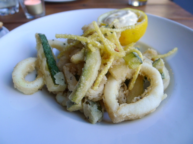 Fried calamari & courgettes