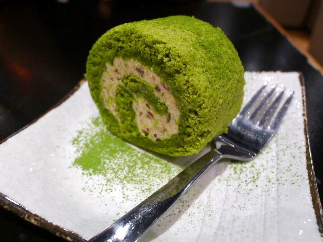 Matcha azuki rolled cake