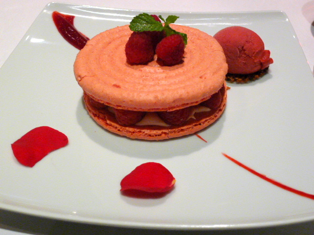 Rose & lychee macaroon