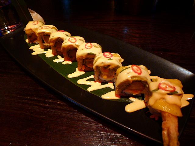 King crab & prawn tempura roll