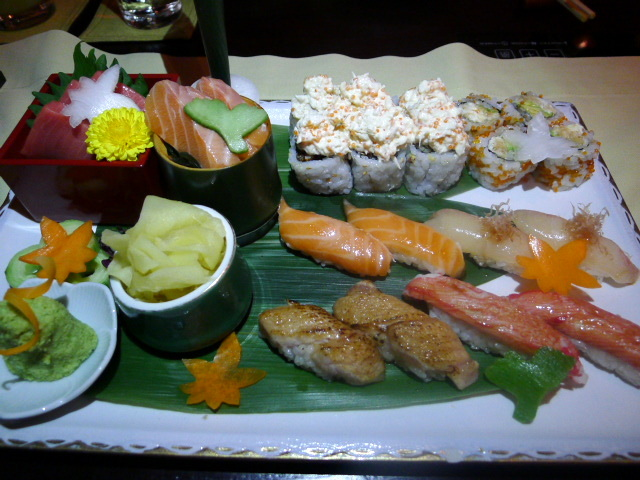 Tomo - sushi, sashimi assortment, etc