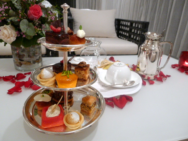 St Regis Doha - afternoon tea