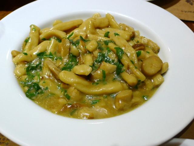 Amico Bio - mushroom pasta