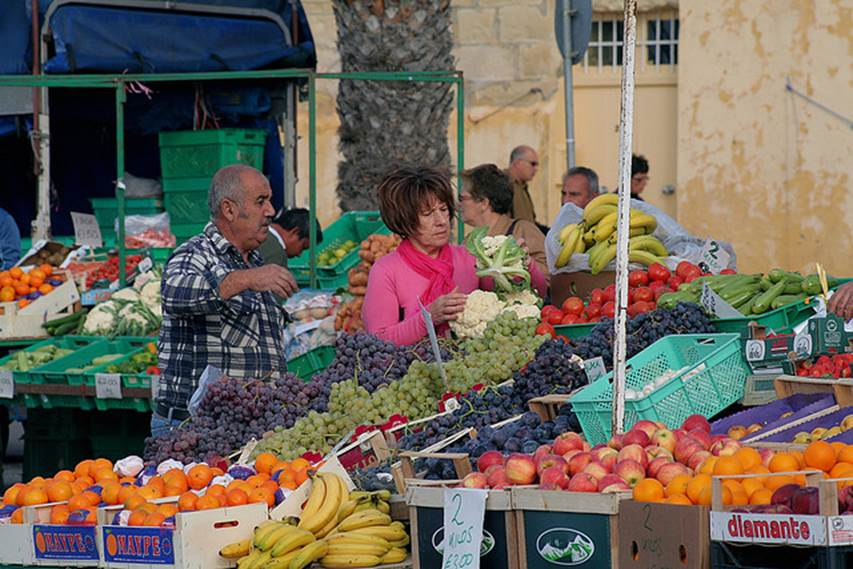 Image of Maltese fruit market by John Haslam, shared under a Creative Commons Licence