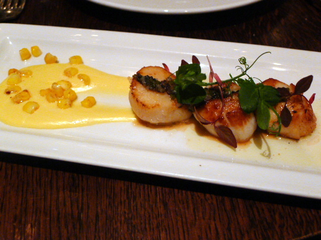 The Botanist - Seared scallops