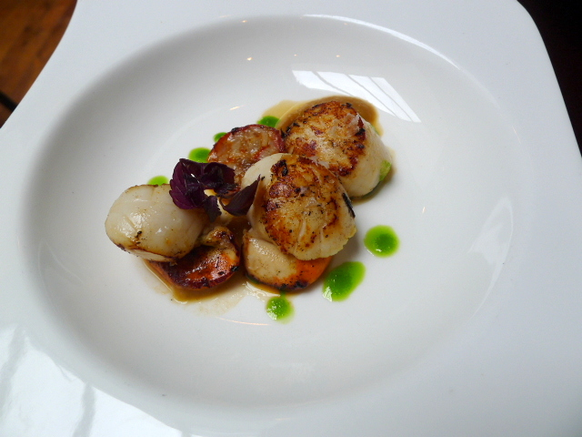 El Pirata de Tapas - Seared scallops