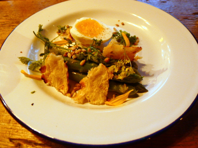 Barnyard - Asparagus with duck egg