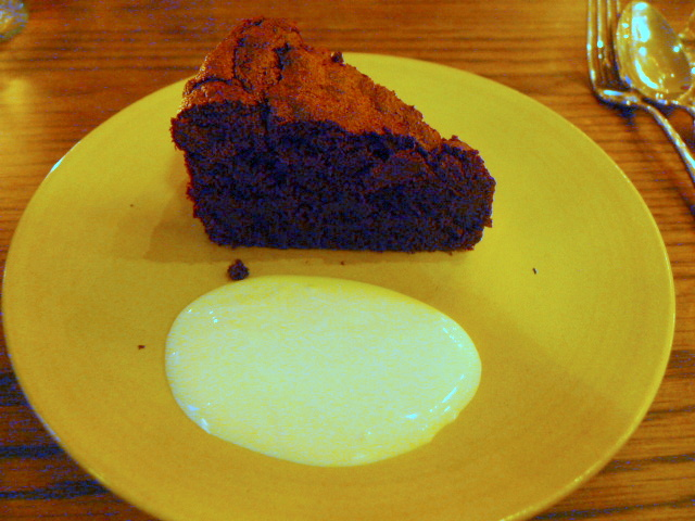 Bibo - Chocolate & ginger cake