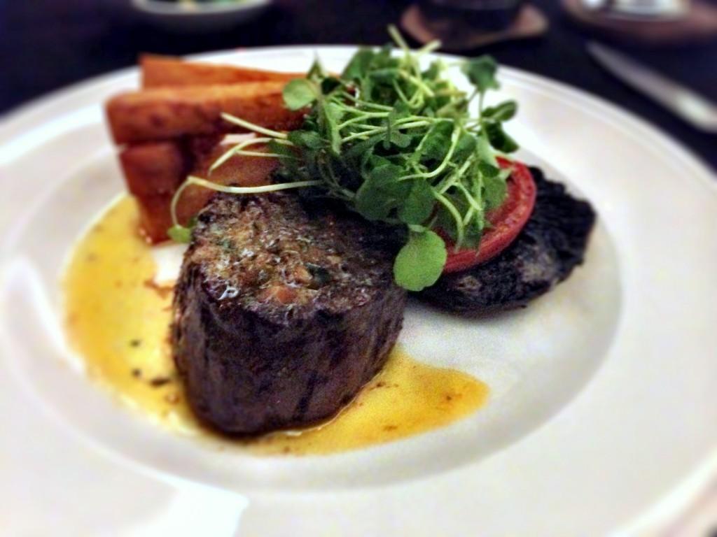 Hudson's Cedar Court Grand - Fillet steak