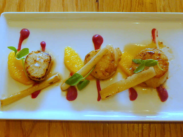 Gillray's - Scallops with blood orange