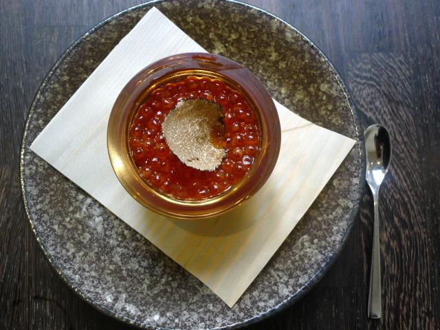 Yashin Ocean – Salmon caviar with truffle