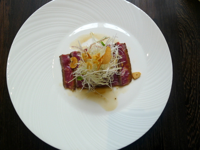 Yashin Ocean – Wagyu with wasabi dressing