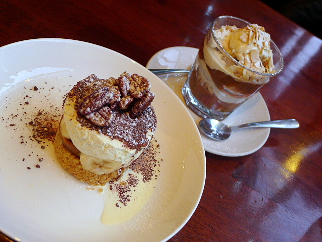 Cafe No 8 - Desserts