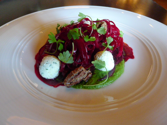 Radio Milano - Beets with goat's cheese