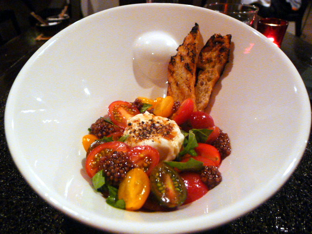 Hotel Valencia Riverwalk - Tomato salad