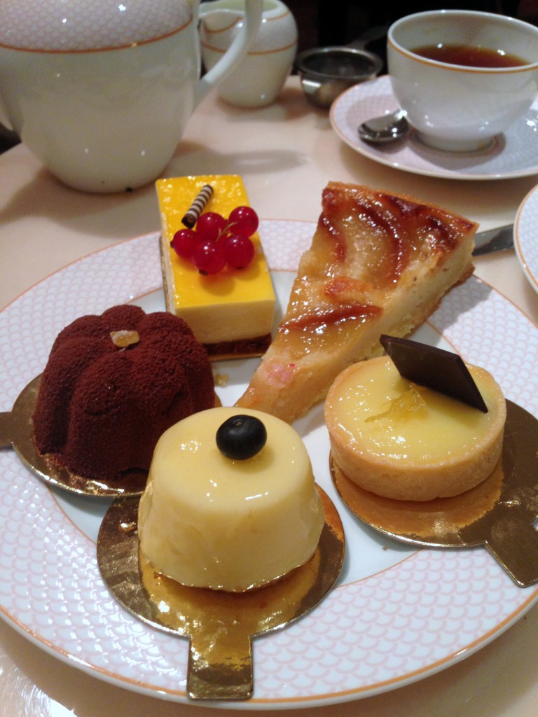 The Rose Lounge Sofitel St James - Our cake selection