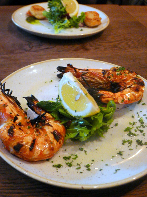World's End Market - London Food Blog - Grilled Prawns