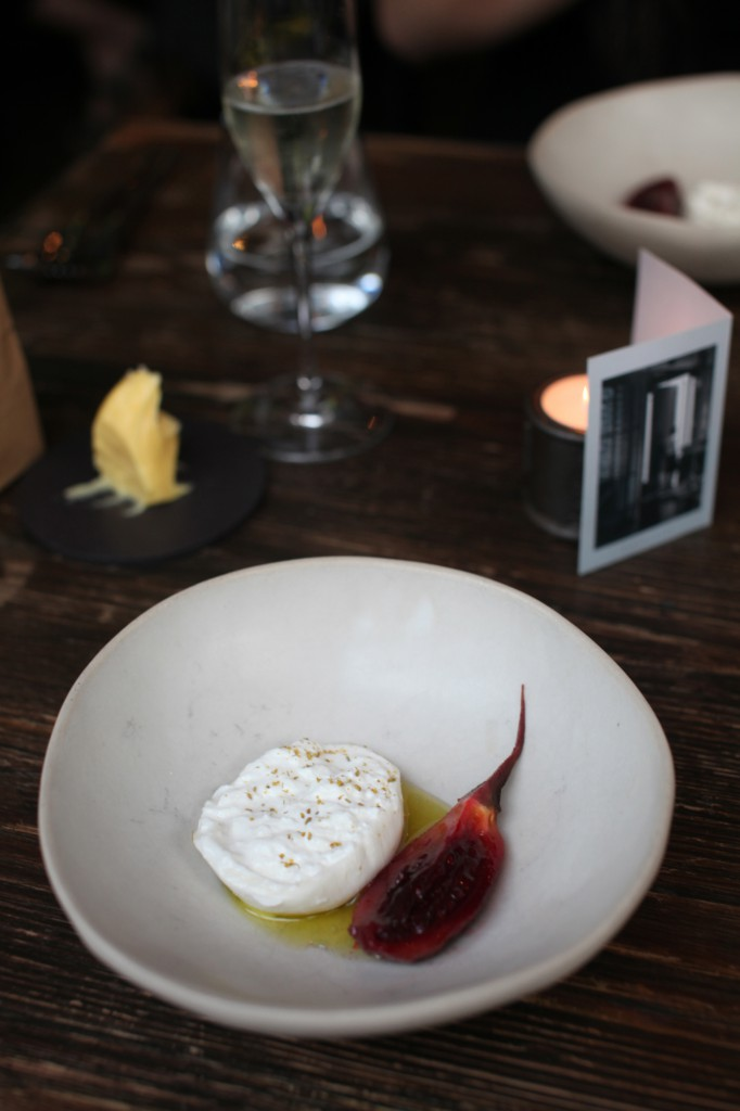 Dabbous - London Food Blog - Burrata