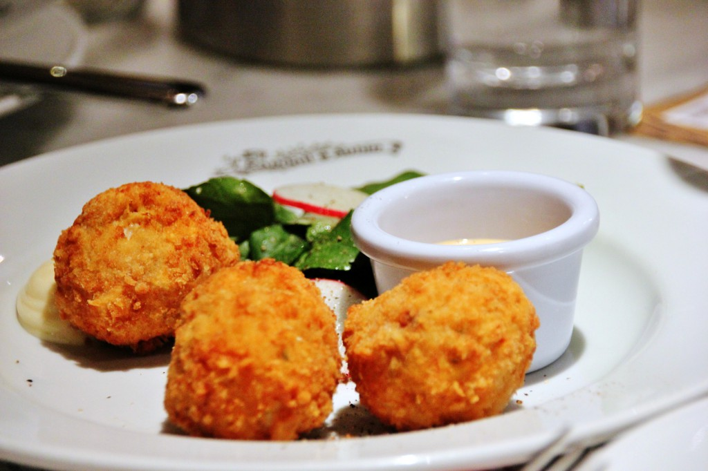 Randall & Aubin – London Food Blog – Crab cakes