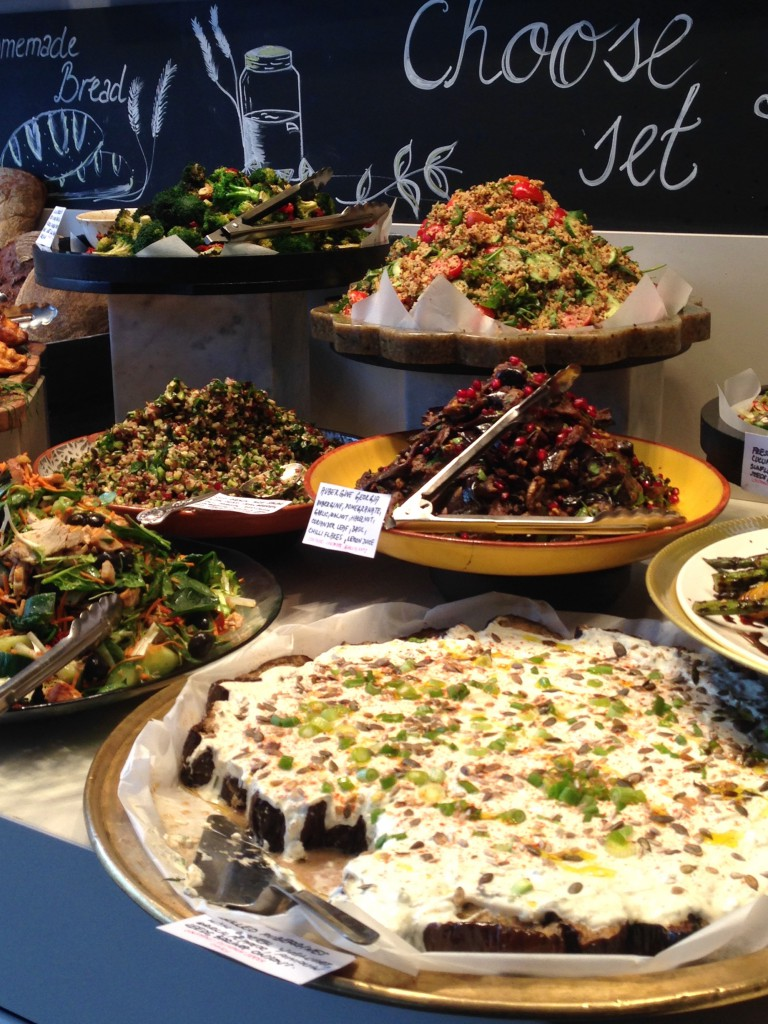 L'Eto - London Food Blog - Salad counter
