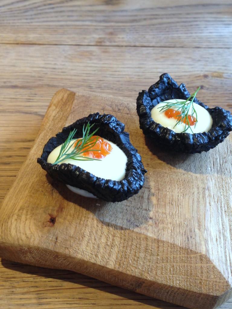 Rabbit - London Food Blog - Squid ink cracker
