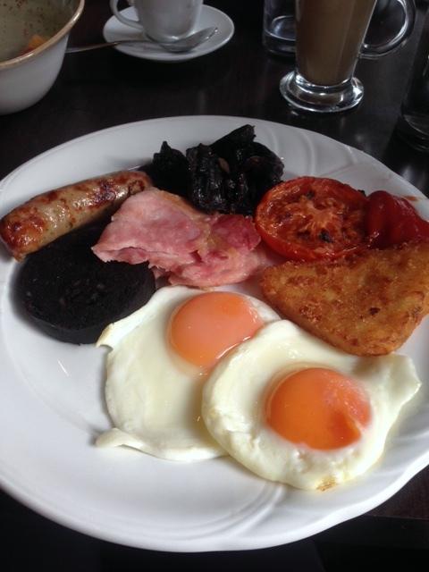 Oakley Court - London Food Blog - Full English