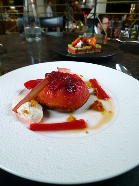 The Balcon - London Food Blog - Rhubarb pudding