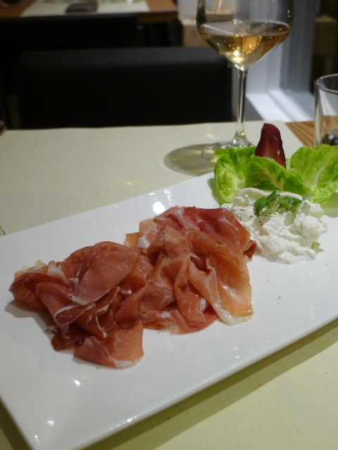Quintessenza - London Food Blog - Parma ham & burrata cheese