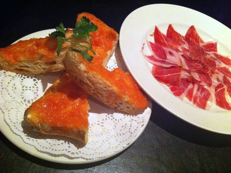 El Pirata - London Food Blog - Bread & jamon